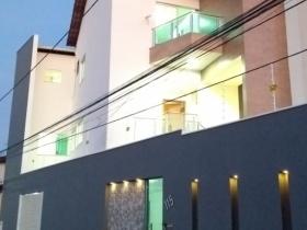 Casa Triplex - 3 suítes - Santo Agostinho